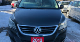 2012 Volkswagen Routan/Certified/Backup camera/Leather seats