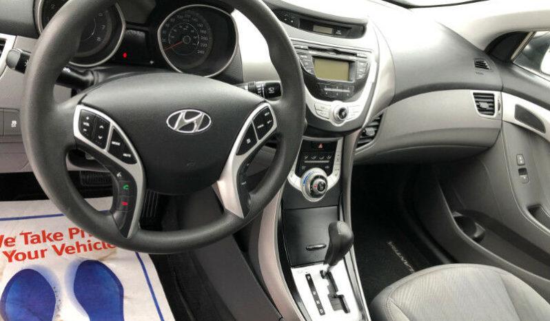 2011 Hyundai Elantra full