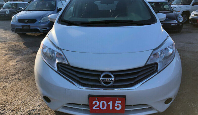 2015 Nissan versa/Certified/Backup Camera full
