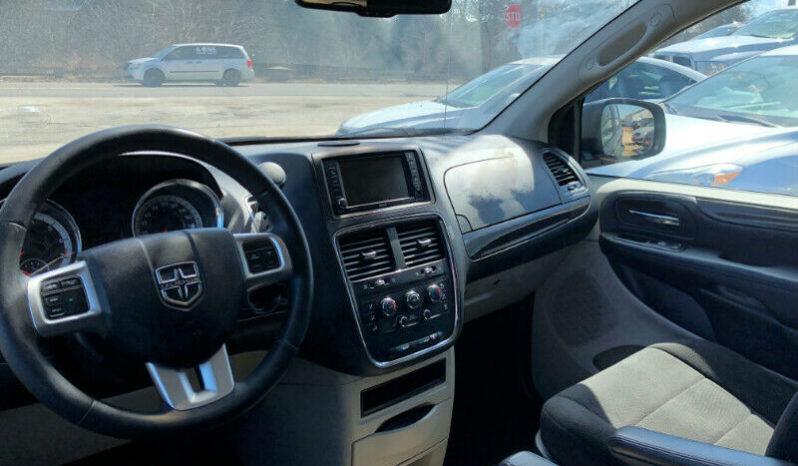 2013 Dodge Grand Caravan/Certified/Clean Carproof/DVD/Backup Camera full